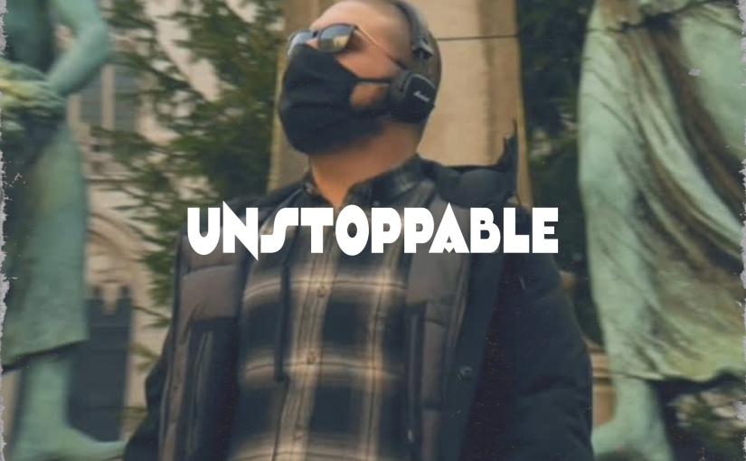 Il nuovo video di Big Dega è una dichiarazione: sonoinarrestabile.